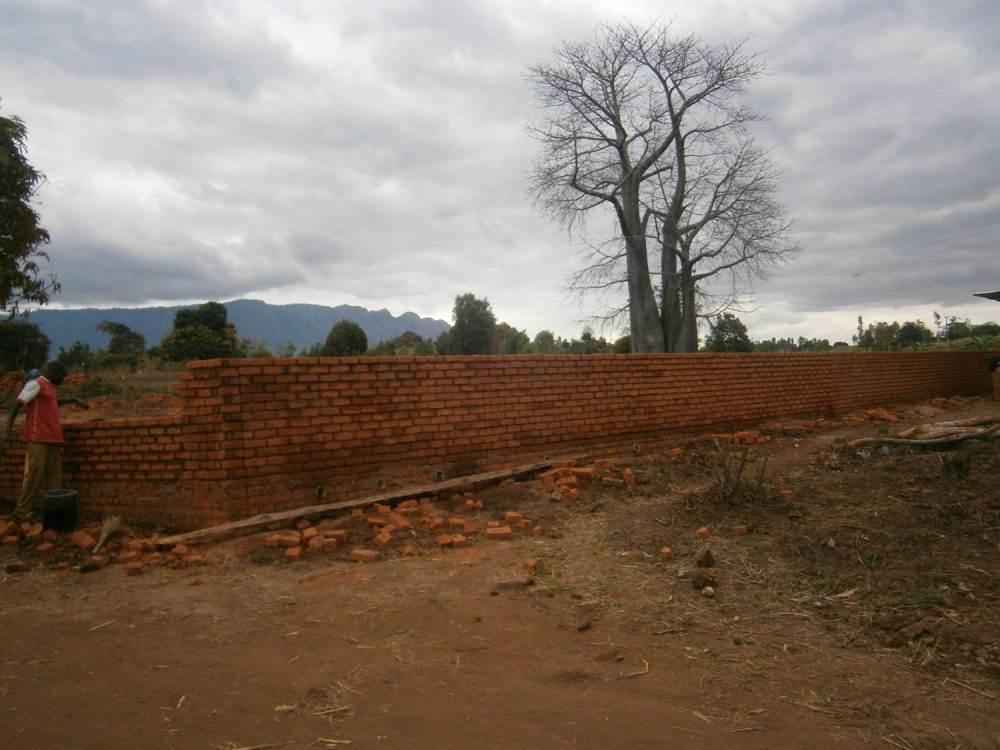 wall malawi